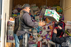 2018-diaper-run-sciphc-highres-0062 (SCIPHC) Tags: 2018diaperrun atam abortion baby babywipes bikers coryjones diaper falconncfalconchildrenshome garybyrd hopehome jeannaaltman jesus lakecitysc m25 melvinbarnett melvinebarnertt melvinebarnett ministry missionm25 morrissmith motorcycle outreach pampers scconferenceministries sciphc truckofdiapers
