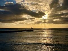 Sunset at the beach (kimbar/Thanks for 3.5 million views!) Tags: waikiki waikikibeach hawaii beach sunset ocean pacificocean reflection