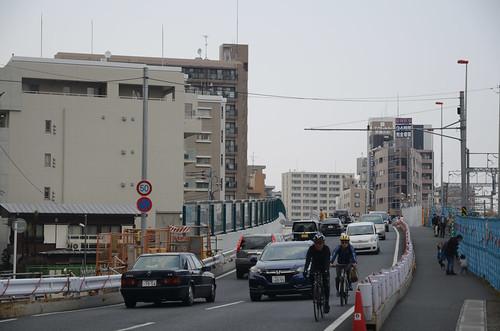 Tsunashima-kaido Bridge across JR Nanbu Line in 2017 March: 3