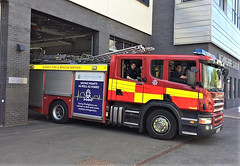 6284 - Surrey FRS - EA55 FKE - Woking - 33104668 (Call the Cops 999) Tags: uk gb united kingdom great britain england 999 112 emergency service services vehicle vehicles frs fire and rescue surrey woking scania 6 6th may 2018 station