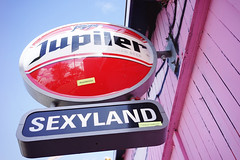 """Sexyland"" (Eric Flexyourhead) Tags: sexyland sociëteitsexyland ndsm ndsmwerf nederlandschedokenscheepsbouwmaatschappij amsterdamnoord amsterdam netherlands holland nederland city urban detail fragment club bar sign jupiler beer sky clear blue bluesky blueskies sonyalphaa7 zeisssonnartfe35mmf28za zeiss 35mmf28"