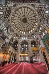 Interiores (bardaxi) Tags: estambul istanbul turquía turkey europa europe nikon hdr photomatix photoshop interior contraste perspectiva cúpula mezquita monumento islam arquitectura arte color historia