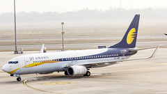 Jet Airways Boeing B737-800 VT-JFM New Delhi (DEL/VIDP) (Aiel) Tags: jetairways boeing b737 b737800 vtjfm newdelhi canon60d canon24105f4lis