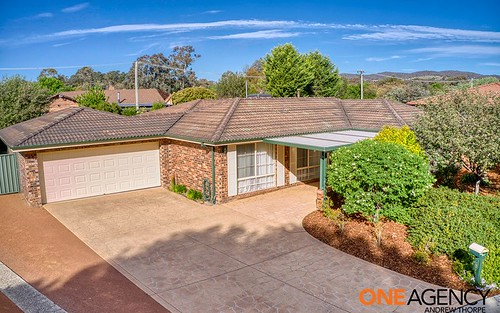 8 Muirhead Pl, Gowrie ACT 2904