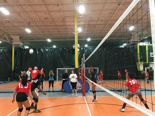 """Waterford Volleyball • <a style=""""font-size:0.8em;"""" href=""""http://www.flickr.com/photos/152979166@N07/44344159790/"""" target=""""_blank"""">View on Flickr</a>"""