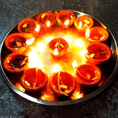 Happy Choti Diwali..😊🙏 . . . . . . . #happy#choti#diwali#eve#diya#baati#lights#roshni#festival#festive#shubh#labh#wishestoall#photographybyme#photography#photographerlife#photographer#photographylife#pictureperfect#diva#hdr#camera#photographylo (carkguptaji) Tags: baati photographerlife diva diya festivaloflights shine roshni photographylife happy hdr labh wishestoall eve photographersofindia lights festivemood choti festive happiness photography shubh diwali photographer photographybyme camera pictureperfect pinterest photographylover festival photographylove