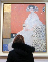 Vienna, Gustav Klimt collection in Upper Belvedere castle (Sokleine) Tags: klimt gustavklimt belvedere portrait woman secession painting tableau peinture toile canvas wien vienna vienne österreich austria autriche europe eu femme oil huile
