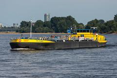TMS Piz Albris - ENI 7001823 (5B-DUS) Tags: tms piz albris eni 7001823 synthese ship binnenschiff schiff barge vessel rhein