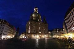 IMG_0319 (AndyMc87) Tags: dresden fraunkirche clouds blue hour langzeitbelichtung longtimeexposure shadow lichter laternen people menschen leute cafe church kirche building architecture travel holiday canon eos 6d 1740 l platz sky neumarkt