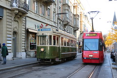 2018-11-11, Bern, Schwanengasse (Fototak) Tags: tram strassenbahn vevey bern switzerland svb bernmobil bmh ligne3 736 145
