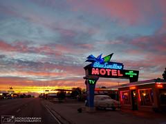 Tucumcari Tonite! (LocalOzarkian Photography - Ozarks/ Route 66 Photo) Tags: tucumcarinewmexico blueswallowmotel blueswallow tucumcari newmexico newmexicoroute66 route66 motherroad sunset neon gettingmykicks gettingmykicksonroute66