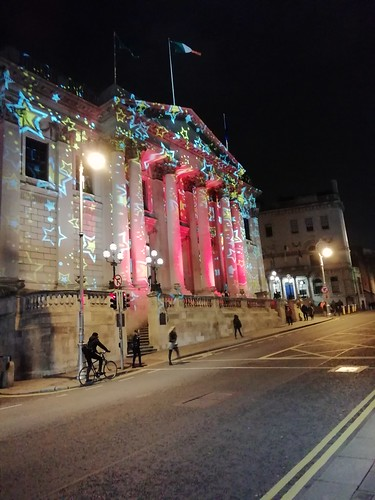 Looking a lot like Christmas on Dublin Fair City.
