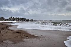 Plage (pascalroussy) Tags: plage vague paysage