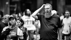 puzzled people (gro57074@bigpond.net.au) Tags: puzzledpeople boxingday 2018 december large beard f14 105mmf14 artseries sigma d850 nikon monotone monochrome mono blackwhite bw man tired busy people candidportrait candidstreet candid guyclift