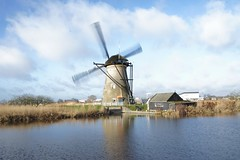 Kinderdijk (Kathy~) Tags: windmills holland netherlands unesco canal river travel fcscape landscape scape ff fotocompetition fotocompetitionbronze