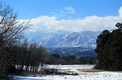 Cloud Cover (Patricia Henschen) Tags: winter snow kettlelakes usairforceacademy usafa coloradosprings colorado lake pond ice water shadow cloud clouds mountain rampartrange pathscaminhos mountains front range park pikespeak