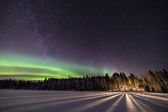 Night lights (Arttu Uusitalo) Tags: landscape nightscape nightsky northern lights night winter aurora borealis auroras icy lake lakeshore shore woods forest stars starry sky stargazing wideangle canon eos 5d mkiv evening