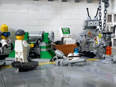 Good as new (captain_joe) Tags: sooc toy spielzeug 365toyproject lego series14 minifigure minifig mikethemechanic madscientist joescars keko