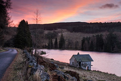 Drumore Loch Sunrise (jonathan.scaife81) Tags: drumore loch blairgowrie blackwater blacklunans a93 perthshire cairngorms scotlandsunrise scotland sunrise canon 6d tamron28300 tamron 28300mm abandoned boathouse noat house