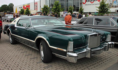 Mark IV (Schwanzus_Longus) Tags: big bumper meet oldenburg german germany us usa america american old classic vintage car vehicle coupe coupé lincoln continental mark iv