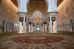 Sheikh Zayed Grand Mosque (Seventh Heaven Photography *) Tags: abu dhabi uae united arab emirates sheik zayed grand mosque nikon d3200 interior chandelier architecture light carpet columns prayer hall main white marble