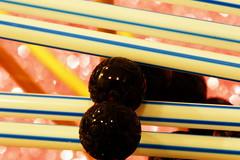 Boules tatouées collées à des Pailles rayées (Christian Chene Tahiti) Tags: canon 6d paea tahiti trait point boule paille bille rayure rayé blanc rouge bleu vert noir marron macro kokeh closeup dotsandstripes macromondays