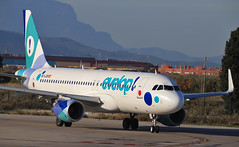 Evelop Airlines / Airbus A320-214 / EC-LZD (vic_206) Tags: eclzd airbusa320214 evelopairlines bcn lebl