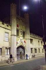 IMGP7281 (Steve Guess) Tags: cambridge university england gb uk gatehouse porters lodge barbican moon