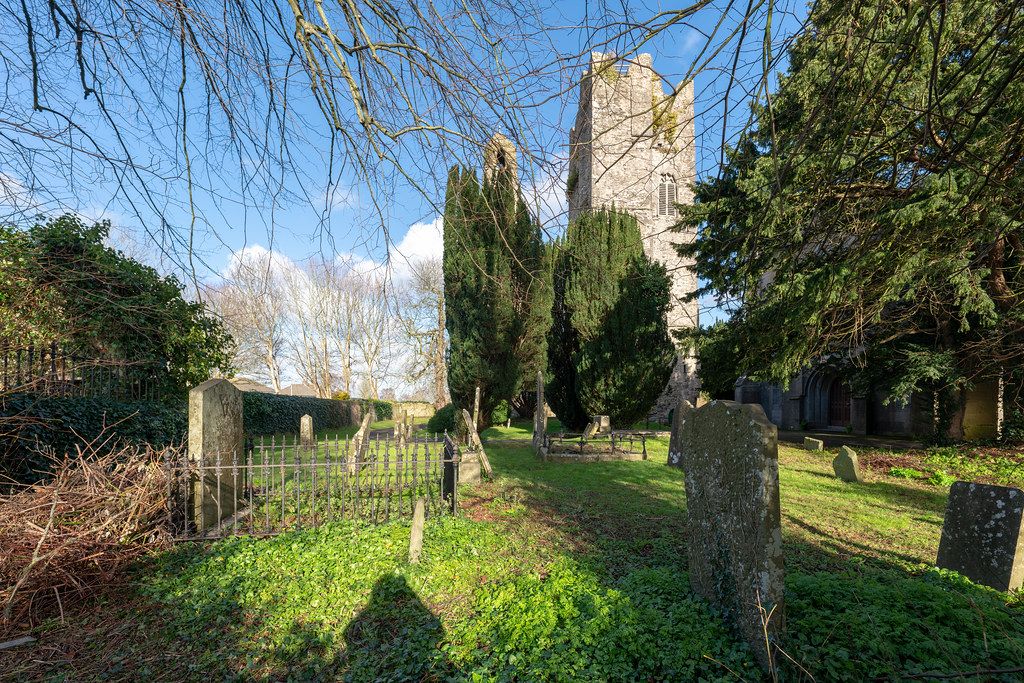 ST COLUMBA'S CHURCH AND GROUNDS IN SWORDS COUNTY DUBLIN [CHURCH ROAD]-148791