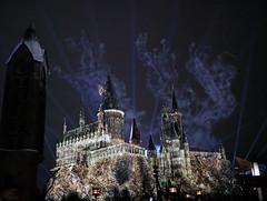 Hogwarts light show (Matt C68) Tags: universalstudios orlando florida themepark islandsofadventure harrypotter wizardingworldofharrypotter hogwarts castle night lights lightshow