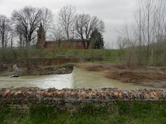 DSCN0052 (Gianluigi Roda / Photographer) Tags: springtime april 2013 creek creeks lavinocreek rainydays springrains