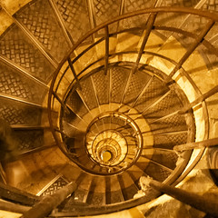 20181122 Spiral Staircase Arc de Triomphe - in Explore (Dolores.G) Tags: 365the2018edition 3652018 day326365 22nov18