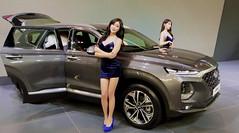 KLIMS 2018 (Lau ArtPix) Tags: auto show motor 2018 car girl woman women malaysia kuala lumpur piscesguy korea model korean hyundai