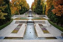 Symmetry (daimak) Tags: iran persiangarden autumn garden sonyilce7 mahan kerman