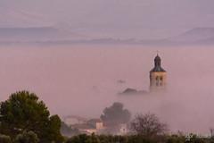 071218 (profesorxproyect) Tags: nikon d7100 sacedon guadalajara niebla fog sunset paisaje iglesia church atardecer skyline sky cielo monte campo fields