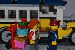 Loaded up (314/365) (Tas1927) Tags: 365the2018edition 3652018 day314365 10nov18 lego minifigure minifig