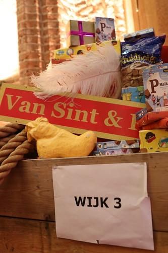 "2018-11-18 Sinterklaas-fotografie VraagAnthea (32) <a style=""margin-left:10px; font-size:0.8em;"" href=""http://www.flickr.com/photos/44627450@N04/45249162394/"" target=""_blank"">@flickr</a>"