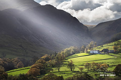 'Spotlight on High Snab' (macdad1948) Tags: lakes nationalpark buttermere derwentwater landscapes mountains dawn lakedistrict highsnab derwentfells farm crepuscularrays autumn