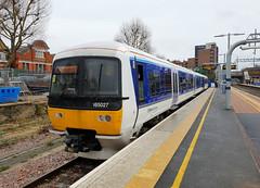 165027 (R~P~M) Tags: westealing london england uk unitedkingdom greatbritain train railway 165 chilternrailways arriva dmu multipleunit