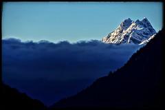 Sneak Peak! (Eddie.Rasheed) Tags: mountain sun rays sikkim incredibleindia morning clouds landscape sneak peak gleaming snow mypixeldiary nikon nikonphotography nikondigital