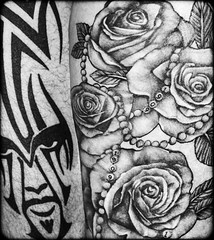 Man, woman. Thigh tattooed. (CWhatPhotos) Tags: cwhatphotos digital camera photographs photograph pics pictures pic picture image images foto fotos photography artistic that have which with contain olympus epl9 pen tattooed tattoo tattoos inked man woman together thigh tribal tatt tatts face flowers different male female left right leg flickr
