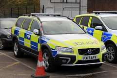 Lincolnshire Police Volvo XC70 Driver Training Vehicle (PFB-999) Tags: lincolnshire lincs police volvo xc70 estate driver training vehicle car unit dt lightbar grilles fendoffs leds fx17afv