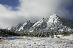 Clearing (Jeff Mitton) Tags: boulder colorado flatirons sandstone conifers earthnaturelife wondersofnature bouldercountyopenspaceandmountainparks