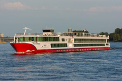 KFGS Rhein Symphonie - ENI 4804700 (5B-DUS) Tags: kfgs rhein symphonie eni 4804700 schiff binnenschiff ship vessel