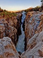 Epupa Falls (Jhaví) Tags: epupe falls namibia africa nature naturephotography waterfall catarata himba