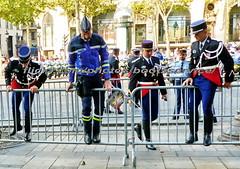 "bootsservice 18 800357 (bootsservice) Tags: armée army uniforme uniformes uniform uniforms bottes boots ""riding boots"" motard motards biker motorbike gants gloves gendarme gendarmes ""gendarmerie nationale"" parade défilé ""14 juillet"" ""bastilleday"" ""champselysées"" paris"
