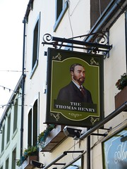 Pub Sign - The Thomas Henry, Senhouse Street, Maryport 180923 (maljoe) Tags: maryport pubsign pubsigns inn inns pub pubs tavern taverns publichouse