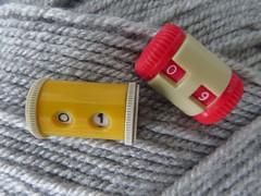 Knitting row counters (Pat's_photos) Tags: knitting counter 7dos wool