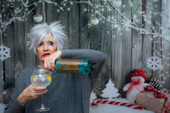 365/365: Behind the scenes of a 365 [Explored] (judi may) Tags: 365the2018edition 3652018 day365365 31dec18 behindthescenesofa365 selfportrait festive whatamess turnedtodrink allgoodthingscometoanend thenightmareafterchristmas portrait thisisme canon5d 50mm bokeh dof depthoffield explore