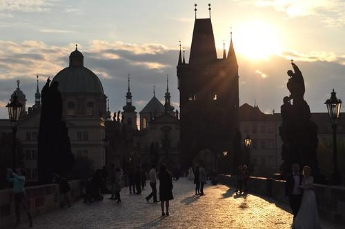 Contre jour sur Stare Mesto, pont Charles, Staré Město, Prague, République Tchèque.